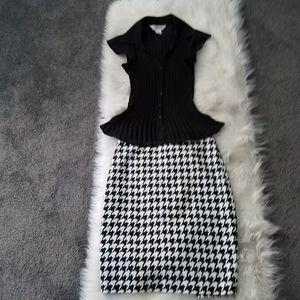 The limited high waist pencil skirt